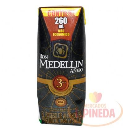 Ron Medellin Anejo X 250 ML 1/4