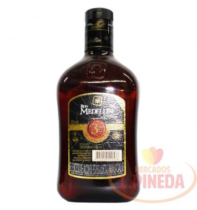 Ron Medellin Anejo X 750 ML Botella